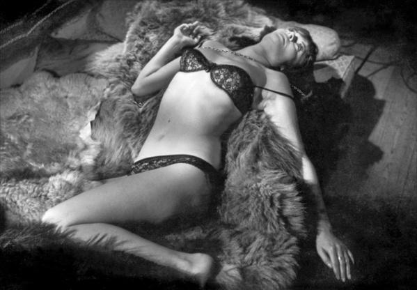 Fotograma de L'Inmortelle de Alain Robbe-Grillet 1963