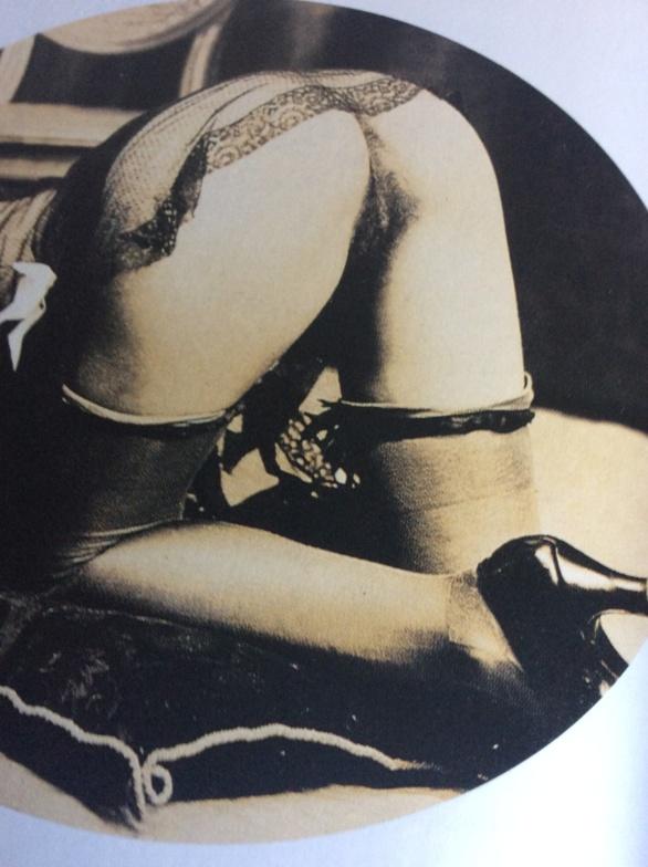Pompas con velo.  Versión de Loygorri. 2020 (en base a una foto previa de autor anónimo)