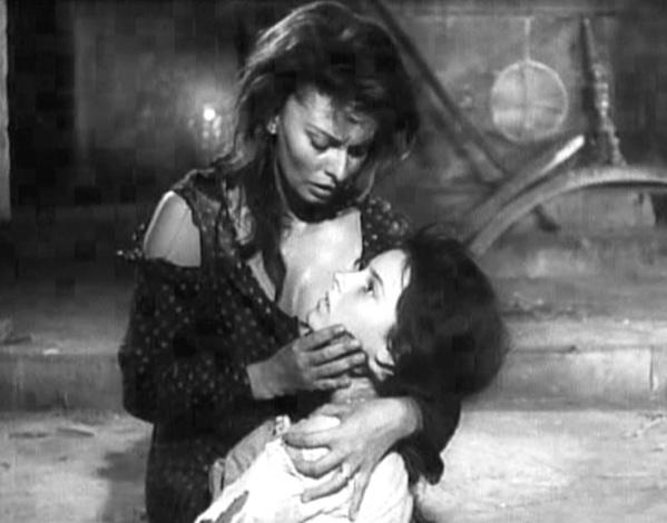 Fotograma de la película Dos Mujeres. 1960