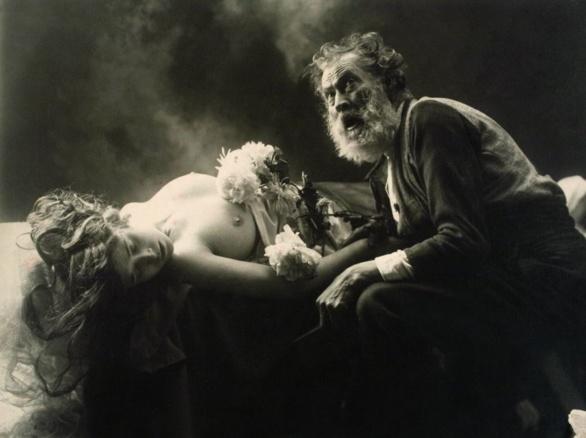 ¿En qué lugar te encontraré? Fotografía de Joan Vilatobà 1903